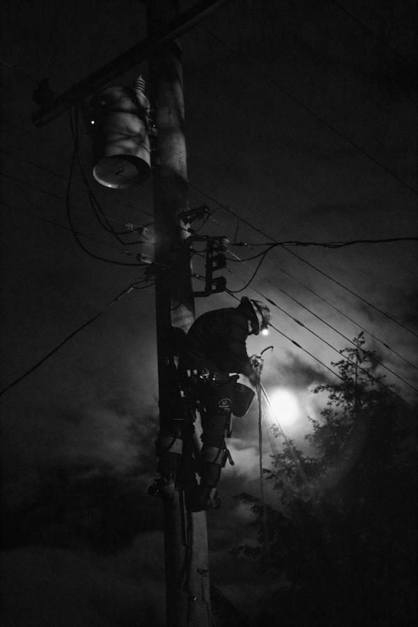 Devastating Northwest Storm Highlights Ibew Linemen S